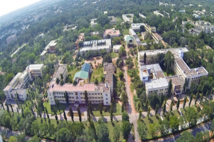 https://cache.careers360.mobi/media/colleges/social-media/media-gallery/887/2018/10/26/Aerial View of University of Mysore_Campus-View.jpg